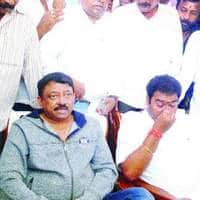 Ram Gopal Varma Not Related To Any Political Party