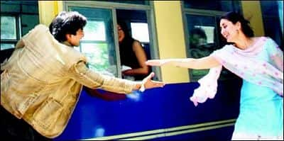 5 Times Bollywood Recreated The Iconic DDLJ Train Sequence!