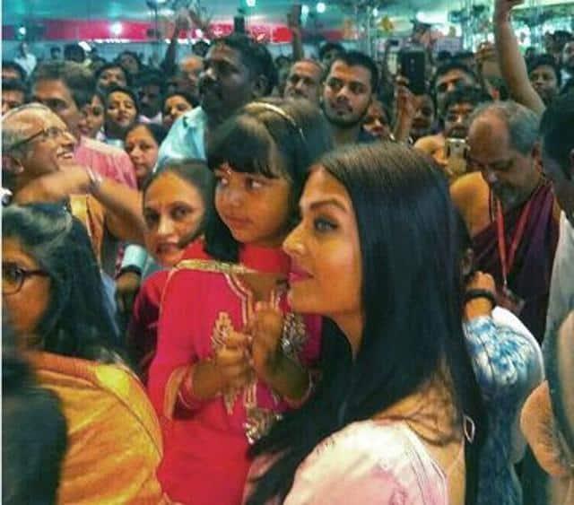 Aishwarya Rai twins with daughter Aaradhya as they visit Ganpati bappa, see pics