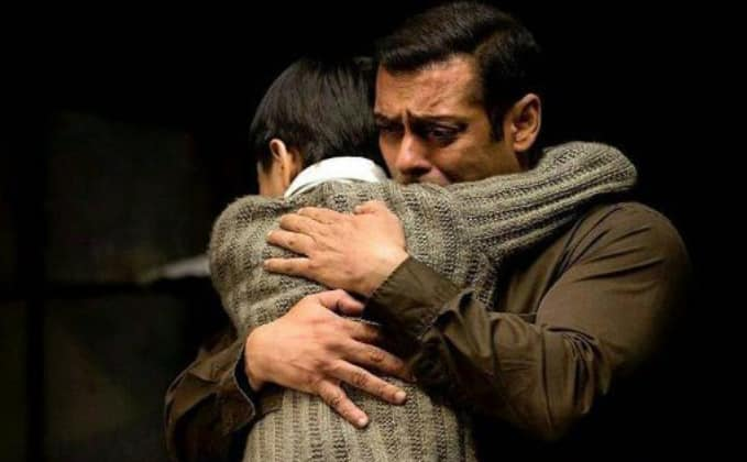 Shah Rukh Vs Salman Vs Aamir: Guess Who's Maintaining The Best Box Office Average Right Now!