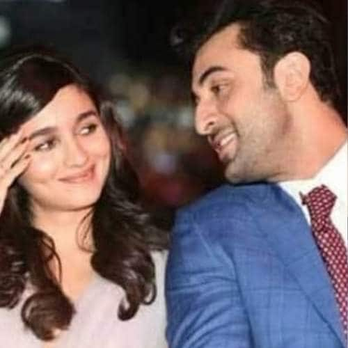Gallery- Is Ranbir-Alia The Hook Up Of 2018? These Pictures Will Confirm All Doubts