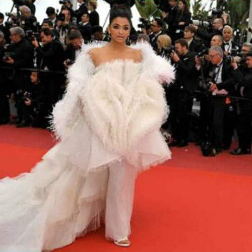 Cannes 2019: Aishwarya Rai Bachchan Justifies The Title Of World's Most Beautiful Woman With These Looks