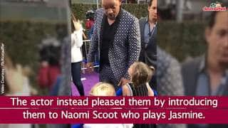 Will Smith's Young Fans Request Him To Show Magic Tricks At The Aladdin Premiere