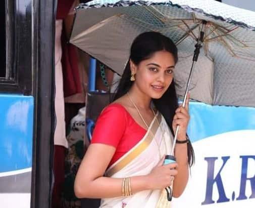 Bindu Madhavi - Still 2 - Varutha Padatha Valibar Sangam 1 - 44402