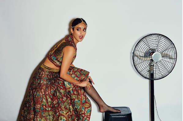 इलियाना डिक्रूज़ के नये फोटोशूट में आप देखेंगे दुल्हन का मस्तमौला और मॉडर्न अंदाज़ !