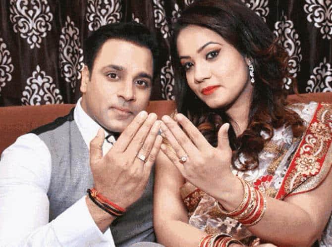 राखी सावंत के एक्स बॉयफ्रेंड अभिषेक अवस्थी ने ब्रेकअप के बाद अब इस लड़की से कर ली है सगाई !