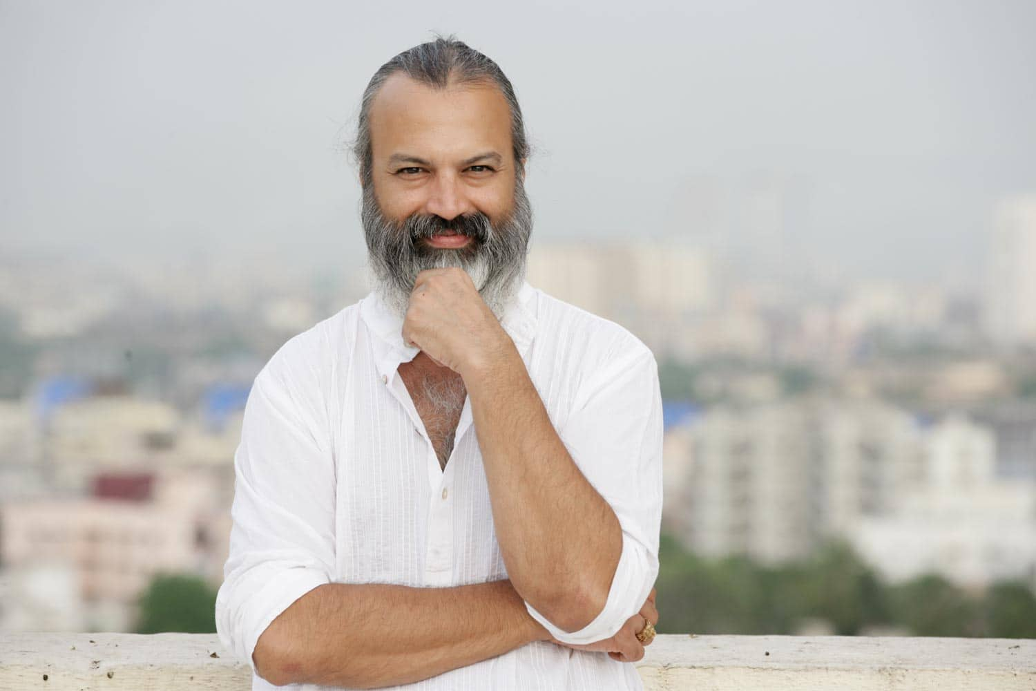 Bijoy Anand - He will play the patriarch of the family and his role will be on the lines of Amitabh Bachchan in K3G.