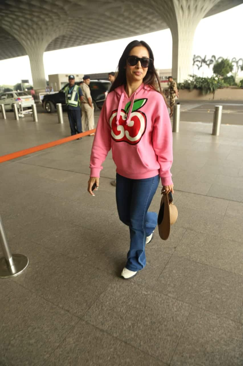 Malaika Arora - She was seen at the airport.