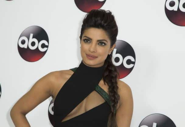 Priyanka Chopra Under Consideration For Dwayne Johnson-Zac Efron Starrer 'Baywatch'