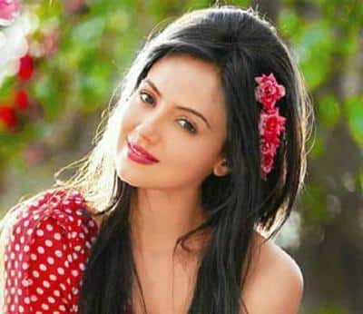Sana Khan To Sport Two Different Looks In Her Comeback Project