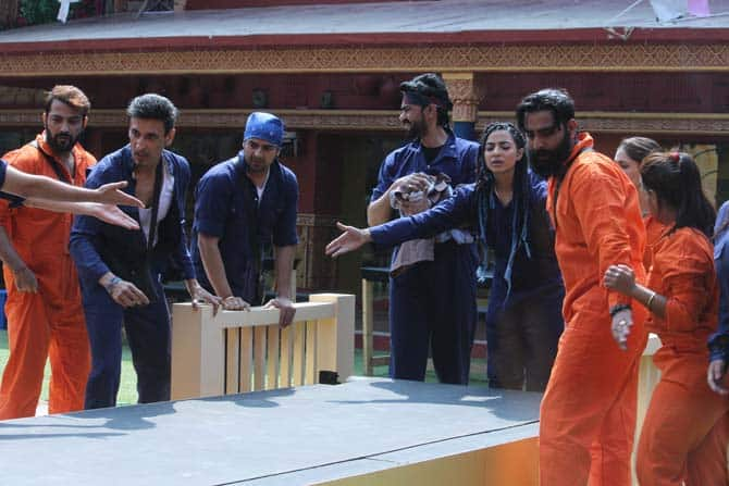 Bigg Boss 10, Day9: Swami Omji To Have His Own 100 Cr. Biopic And Much More!
