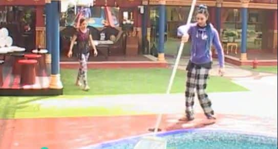 Bigg Boss 10: Day 1 Highlights- Priyanka and Bani Fight Over Age!