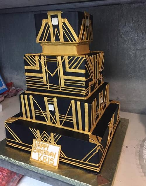 These Kardashian - Jenner Crazy Cakes Will Make You Crave For One