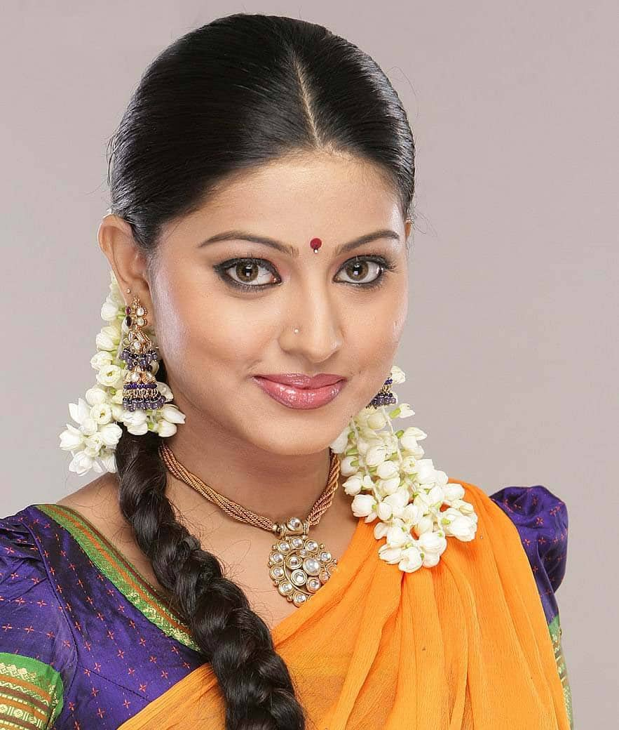 Sneha To Share Screen With Nayanthara?