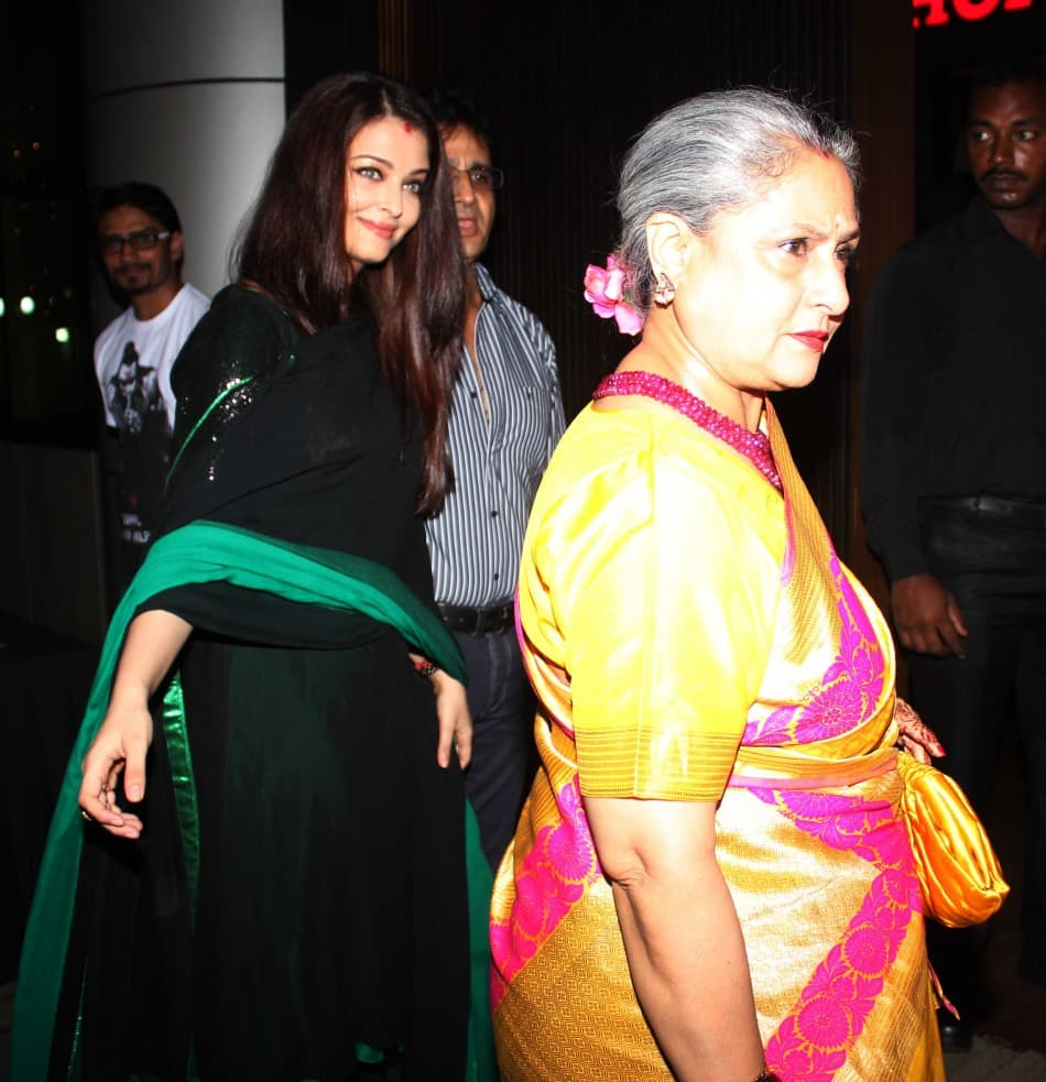 When The Cameras Caught The Nasty Side Of Bollywood Celebrities