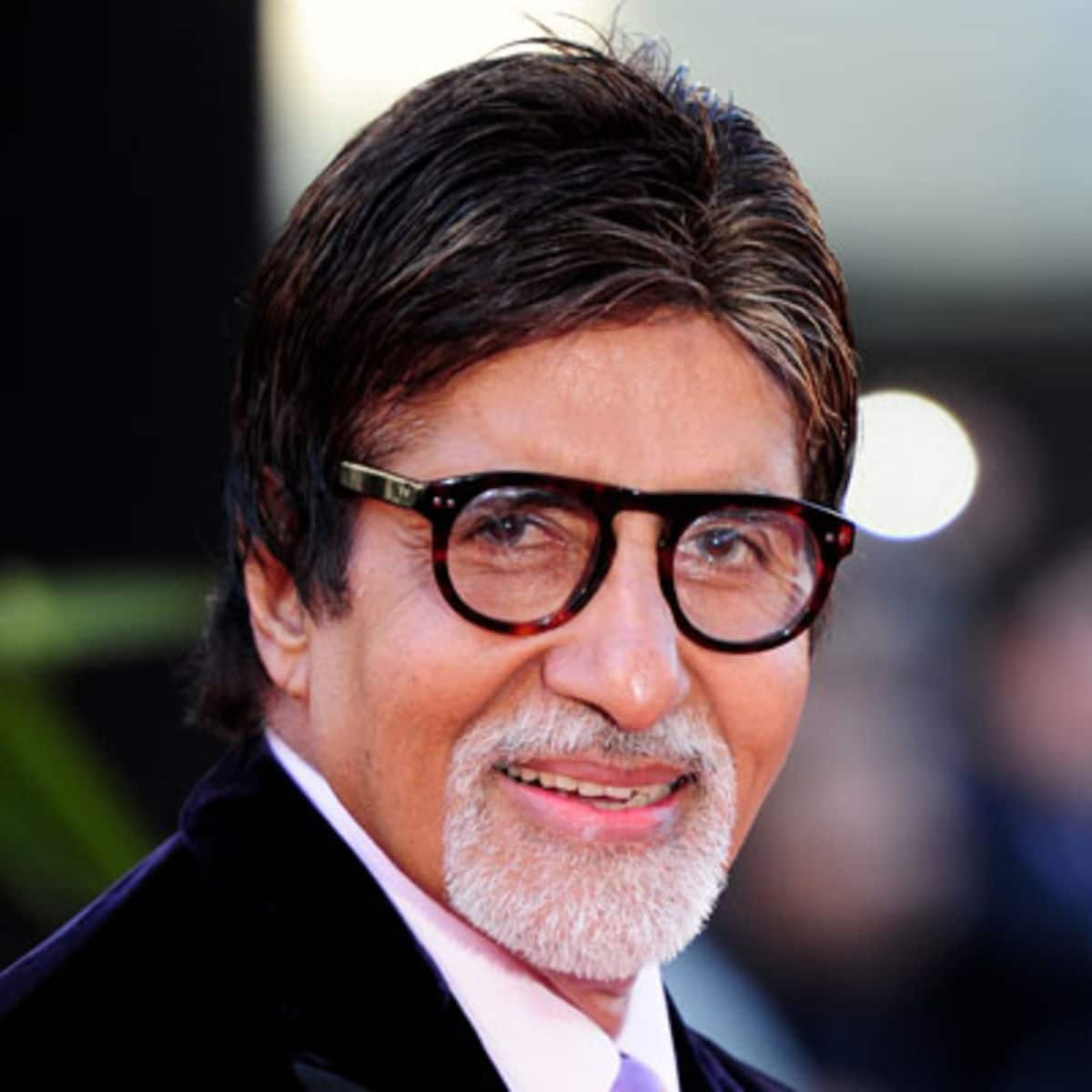 Sorry To Disappoint, Amitabh Bachchan Isn't A part Of Mohanlal's Randamoozham