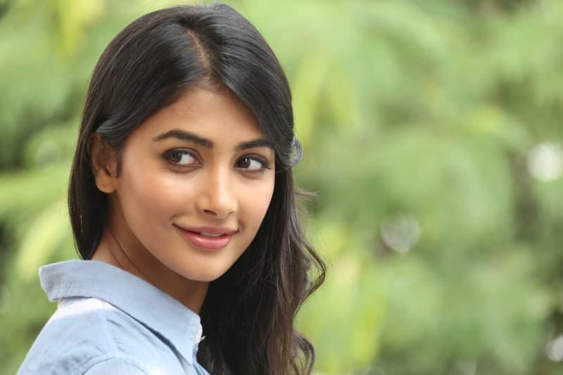 Pooja Hegde Bags Pawan Kalyan's Next