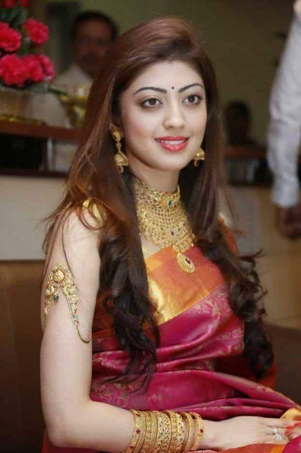 https://images.desimartini.com/media/uploads/2015-5/pranitha-subhash.jpg