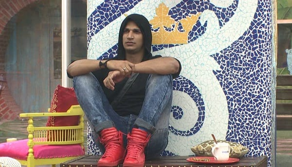 Bigg Boss 9: This Is Why It's Aired At 10:30