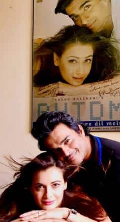 Watch: This Is How Madhavan And Dia Mirza Celebrated 15 Years Of RHTDM!