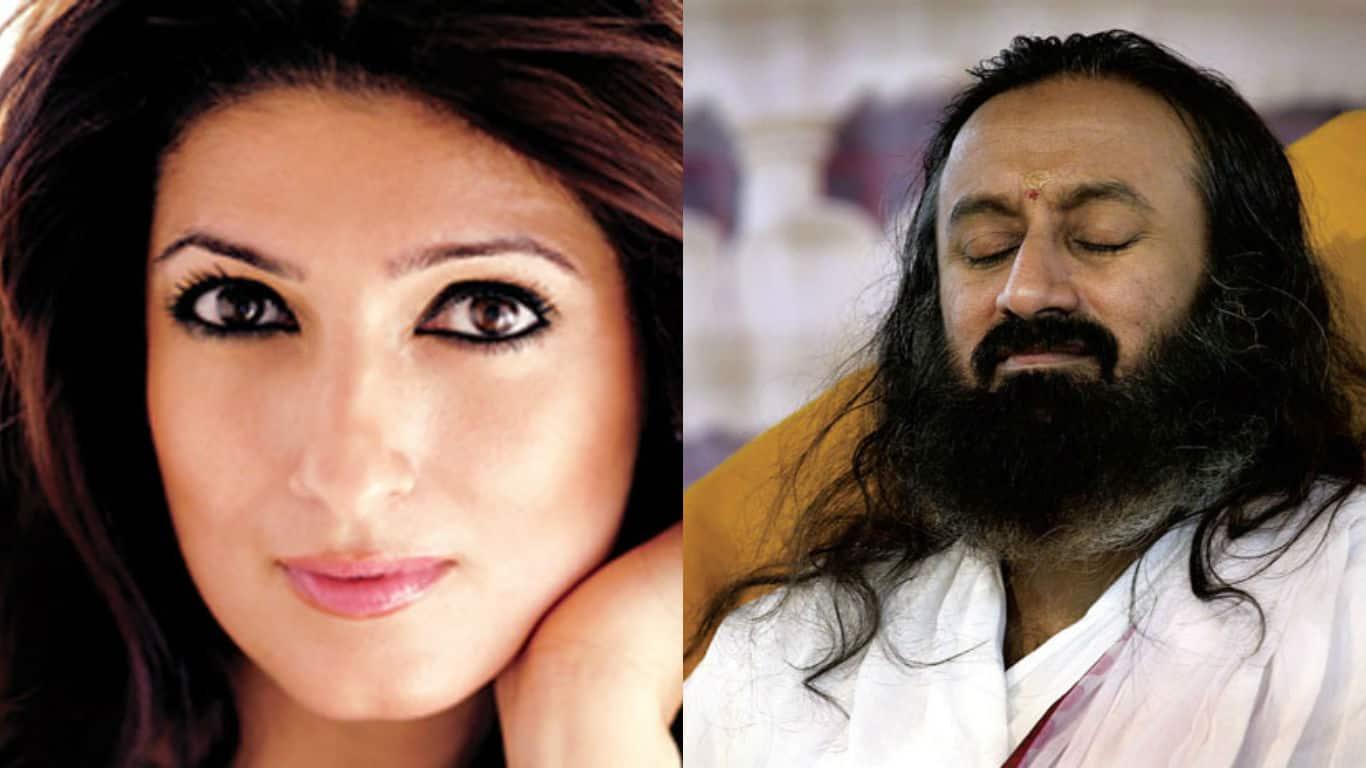 When Twinkle Khanna Taught Sri Sri Followers The Art Of Living!