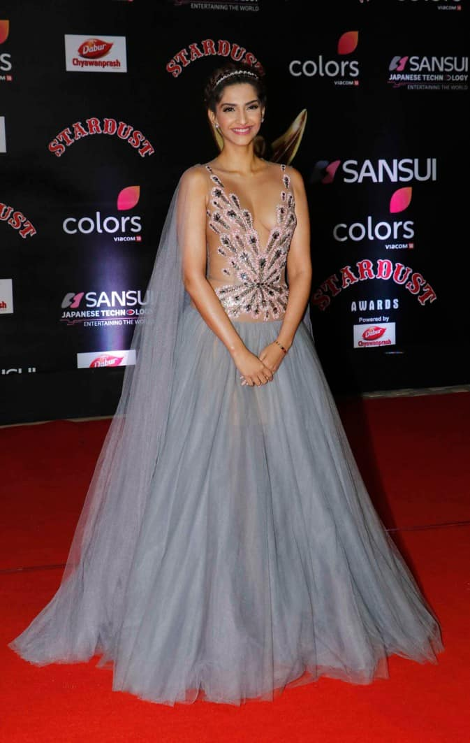 Here's Why We Believe That Stardust Awards 2016 Were Given Away Like Christmas Candies In Bollywood