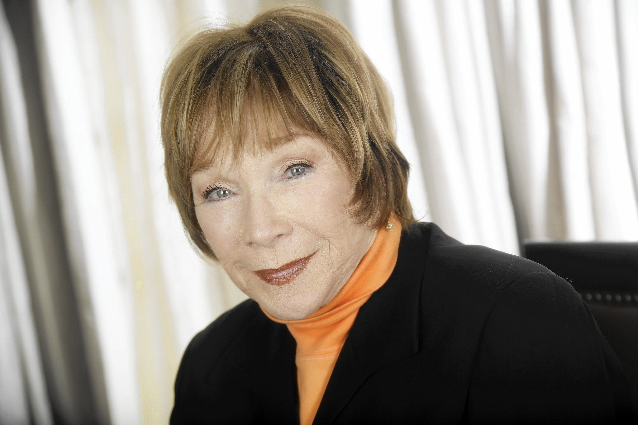 Shirley Maclaine To Play Nanny In Disney's Female Santa Claus Movie!