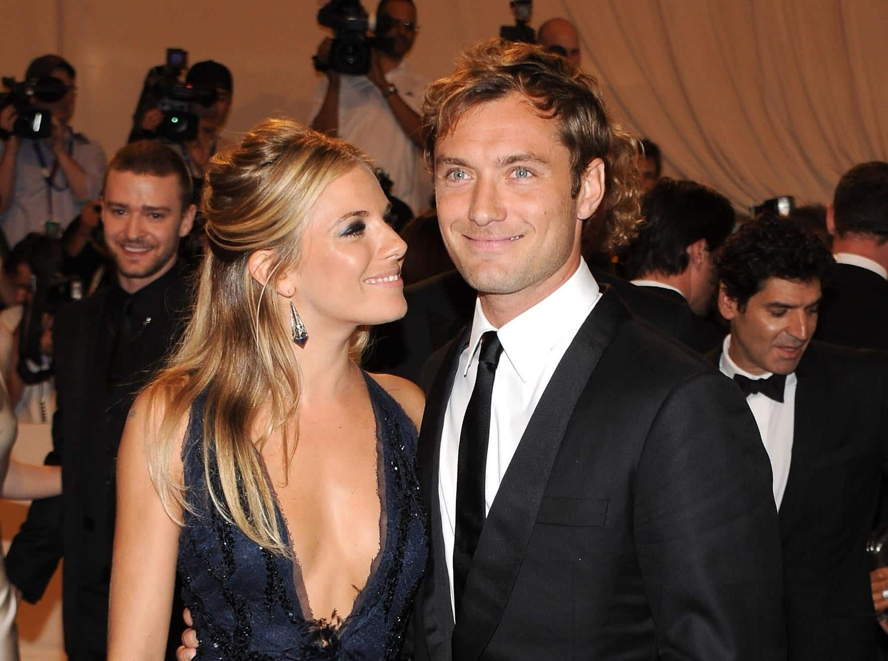 7 Hollywood Celebs Who Confessed To Cheating On Their Partners