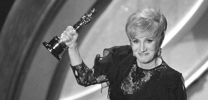 10 Hollywood Celebrities Who Lost Their Oscars!