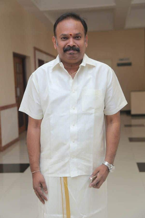 Venkat Prabhu Will Portray The Role Of Cop In Kalavu