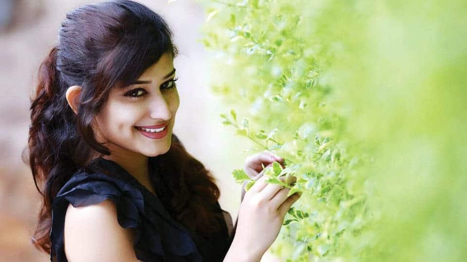 New Face Akhila Prakash Makes Kannada Film Industry Refreshing