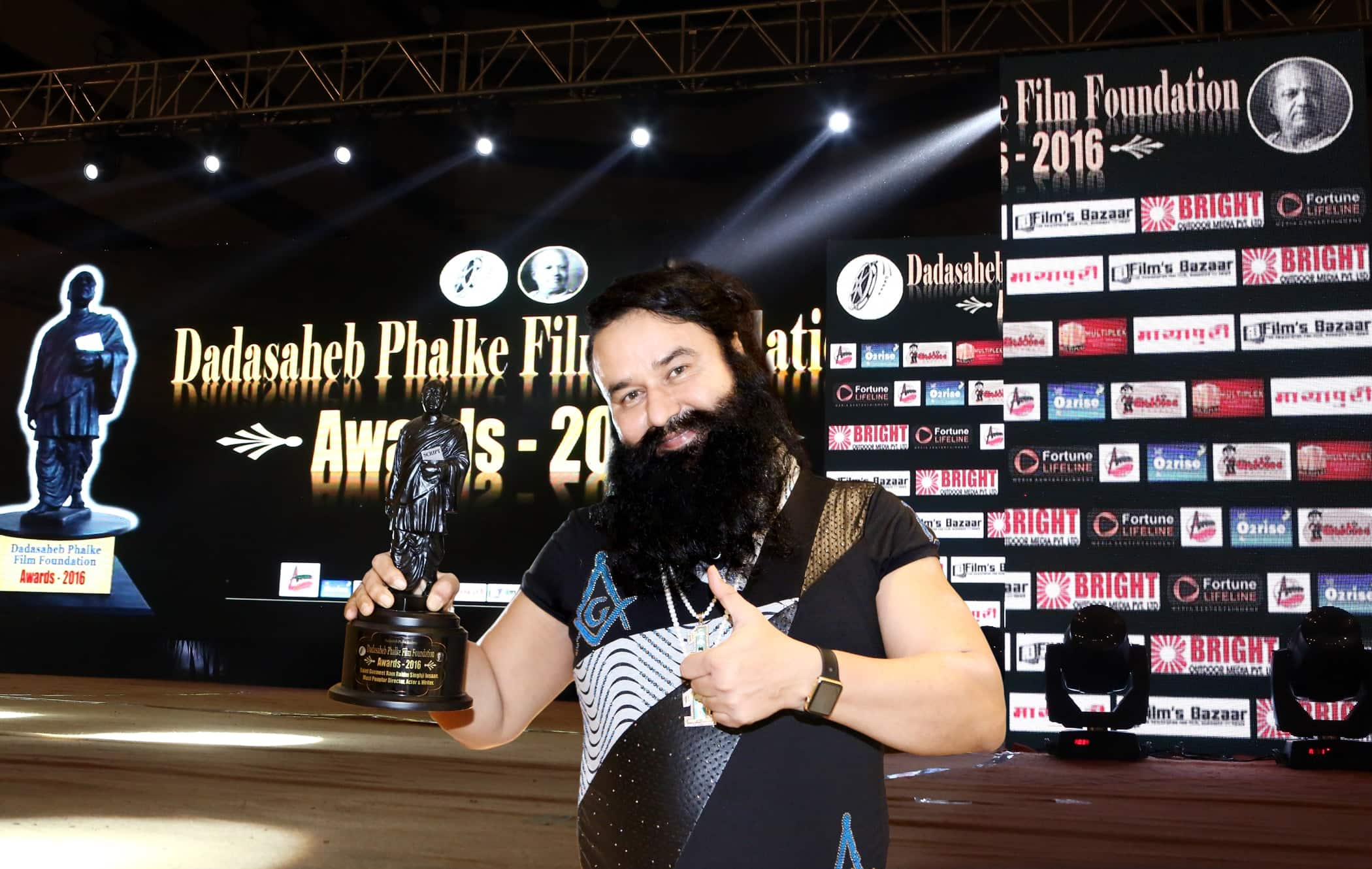 5 Bollywood Actors You Didn't Know Have Won The Prestigious Dadasaheb Phalke Award or Have They?