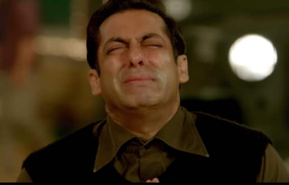 Salman Khan Crying In Tubelight's Extremely Emotional Song Tinka Tinka Is One Of His Best Acts Ever!