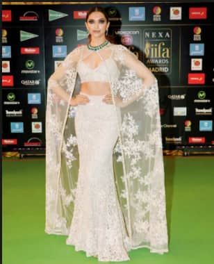 Huma's Red Carpet Appearance At Cannes Is Reminding Us Of Deepika Padukone. Here Is Why?