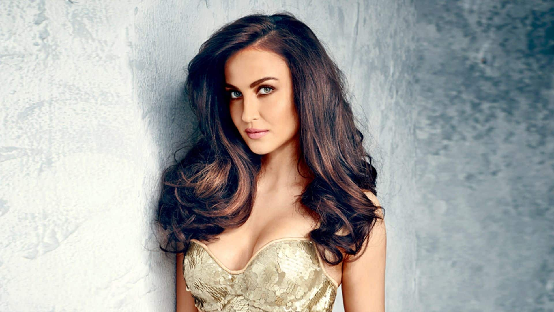 Elli AvrRam Talks About Upcoming Kollywood Remake Of Queen