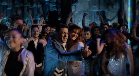 Heeriye Song: Watch Out For Salman Khan's Funky Moves And Jacqueline's Pole Dancing