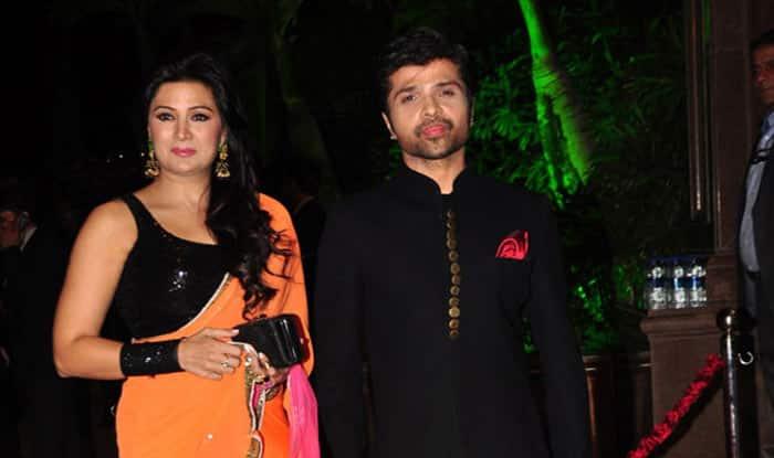 WHAT? Is Himesh Reshammiya Married To Sonia Kapoor In A Hush-Hush Wedding?