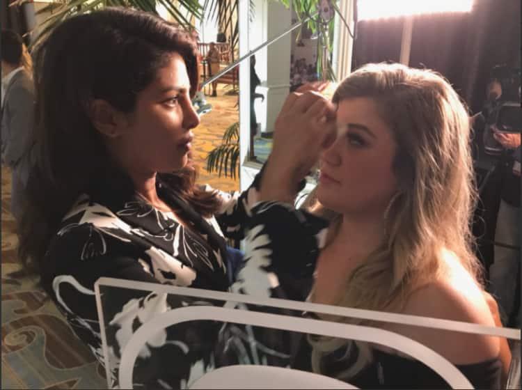 Kelly Clarkson Loves Priyanka Chopra!
