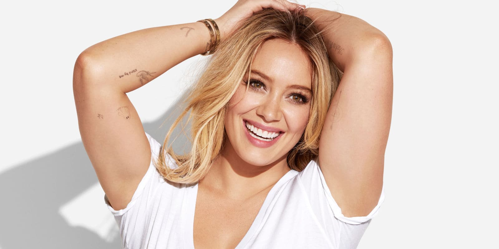 Hilary Duff Slams Body Shamers By Posing In A Bathing Suit!