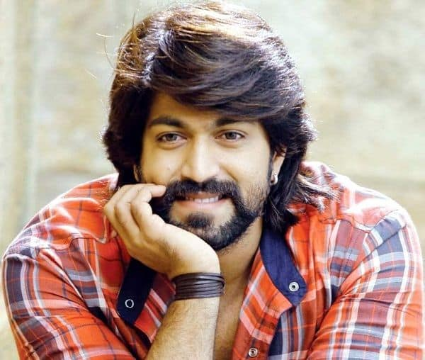 Yash Starts Dubbing For His Upcoming Film Kgf Desimartini