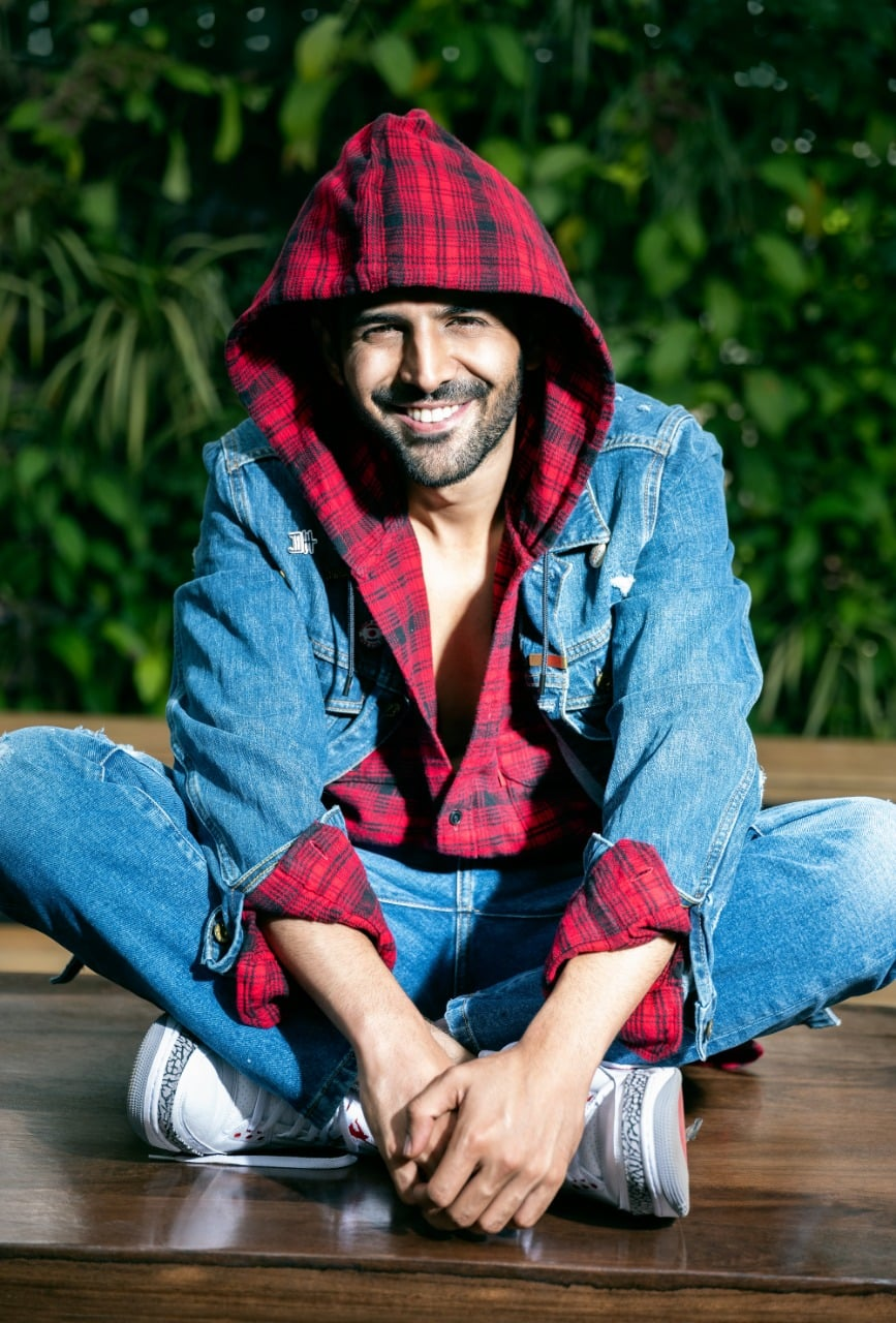 Kartik Aaryan's Luka Chuppi Earns Rs 75 Crore In Two Weeks