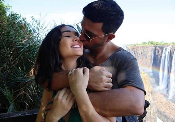 2.0 Actress Amy Jackson Is Pregnant With Her First Baby And No You Did Not Miss The Wedding