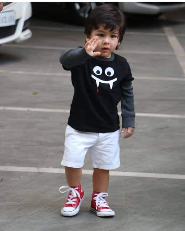 Saif Ali Khan Reveals That Taimur Has Learnt To Say 'No Photos Please', Doesn't Like To Be Photographed!