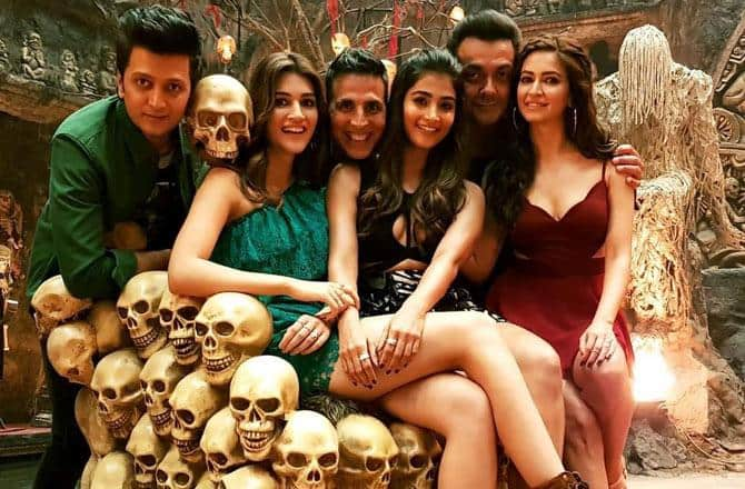 Here Is Proof That After The Success Of Stree, Bollywood Is Overdosing On Horror Comedies