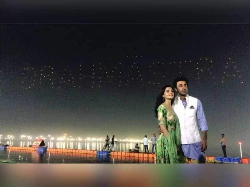 Ranbir Kapoor And Alia Bhatt Are Zeroing In On Kashmir For Destination Wedding Next Year?