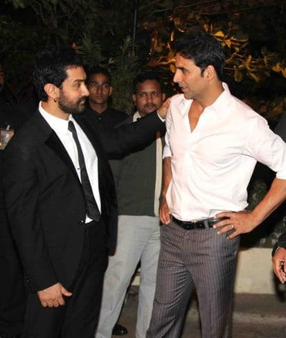 Aamir Khan Thanks Akshay Kumar For Moving Bachchan Pandey's Release Date And Avoiding Clash With Laal Singh Chaddha