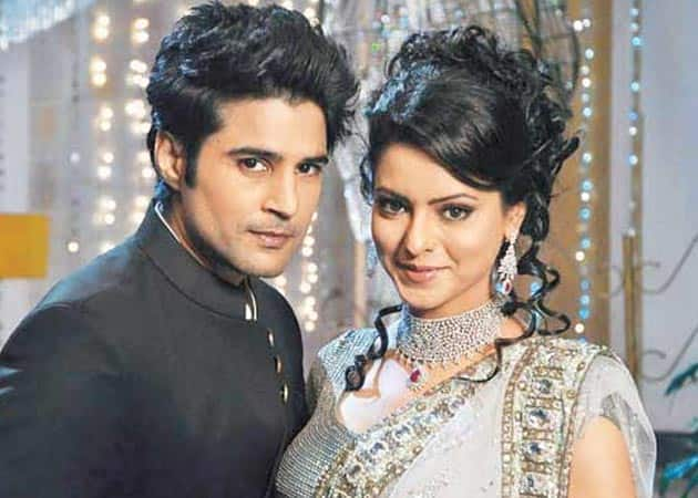 5 TV Celebs Who DItched Their Partners After Getting Famous In Bollywood!