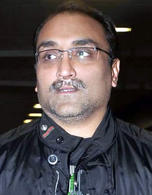 Aditya Chopra To Announce Projects Under YRF 50 After Theatres Re-Open, All Films To Have Big Screen Release