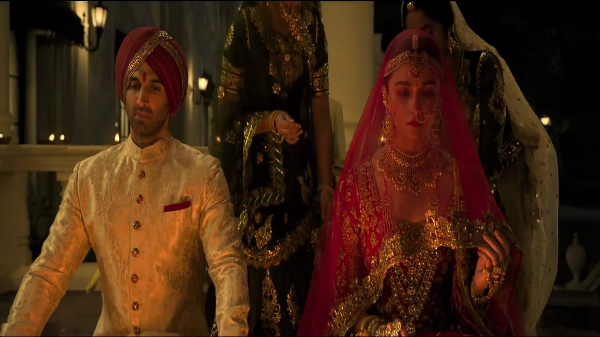 Aditya Roy Kapoor Is So Good In Kalank That You Might Want To Watch Film Just For Him