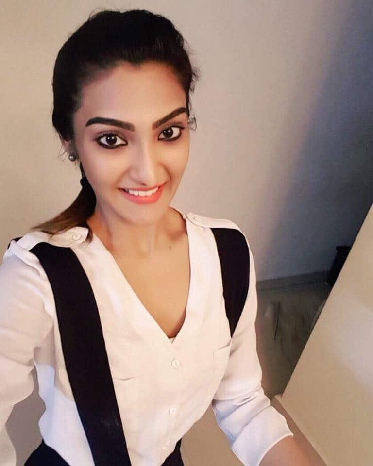 Akshara Reddy Having Hopes On Her Debut